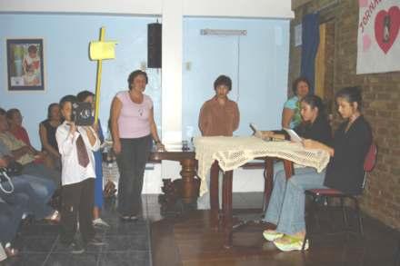 2005-05-08_Filmandotudo_440