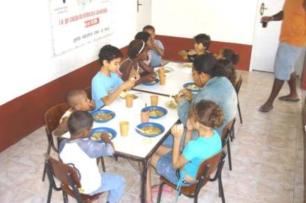 2005-06-17_Barriguinhacheia_440