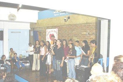 2005_Maes-mocidade_cantando4